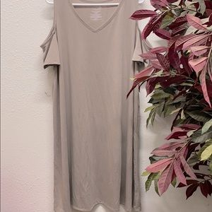 Time and Tru Cold shoulder dress XXL NEW